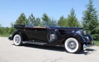 Cobble Beach 2014 - 1934 Packard.jpg