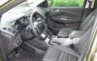 2013 Ford Escape - front seats.JPG