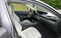 2013 Lexus ES350 - front seats.JPG