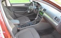 2012 VW Passat TDI - Front Seat.JPG