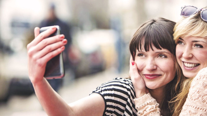 10 Dos and Don'ts for a Positive Social Media Experience