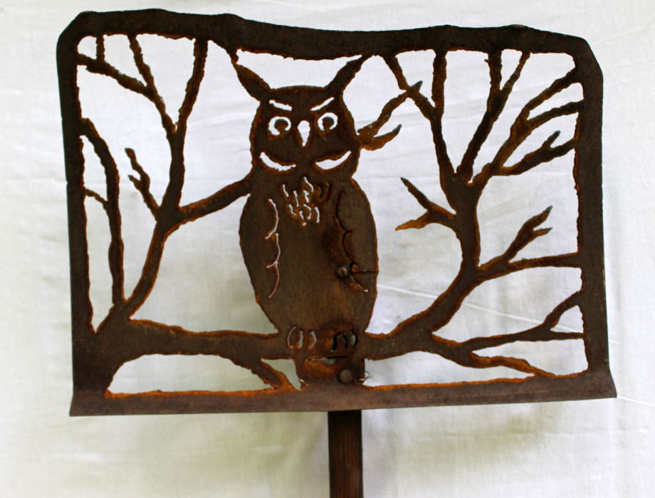 Horned Owl Tree shovel
