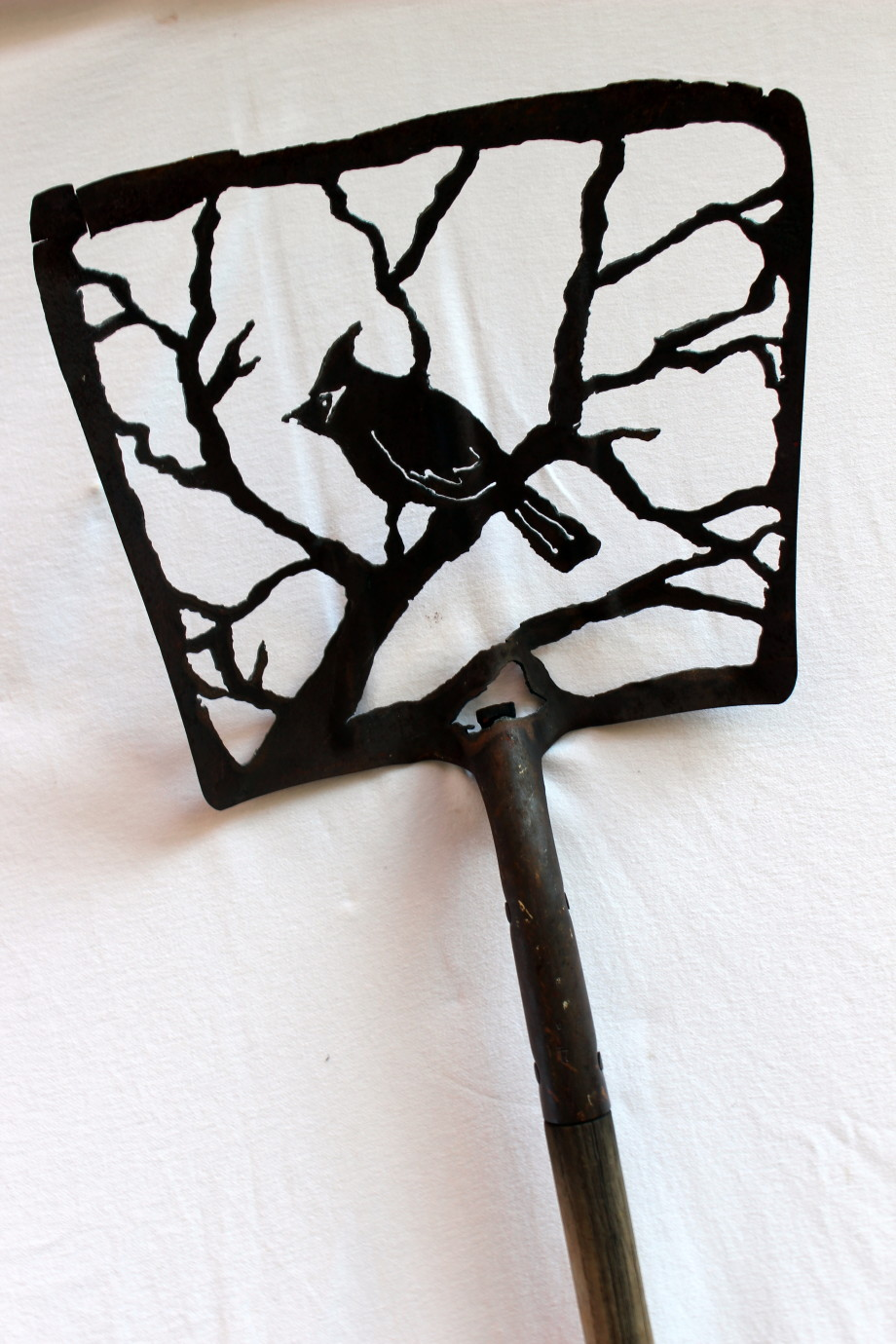 Cardinal Tree shovel