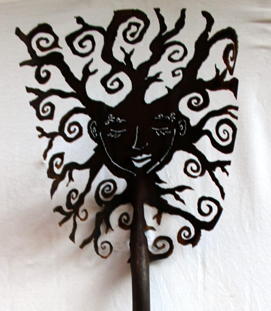 Ivy shovel