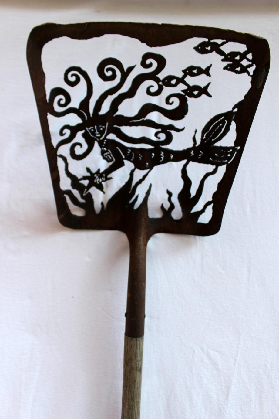 Madison shovel