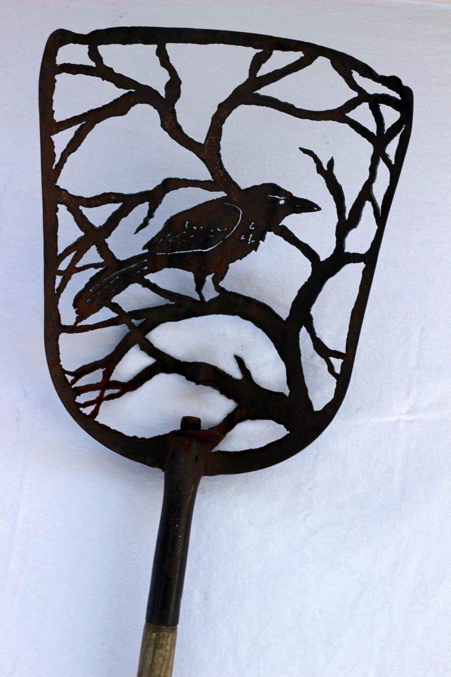 Crow in Tree shovel 2