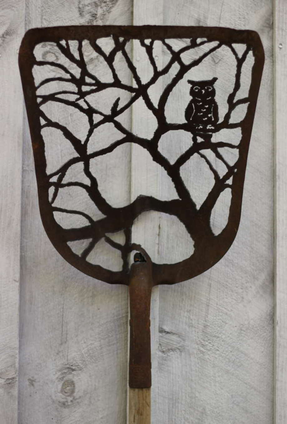 Owl Tree shovel