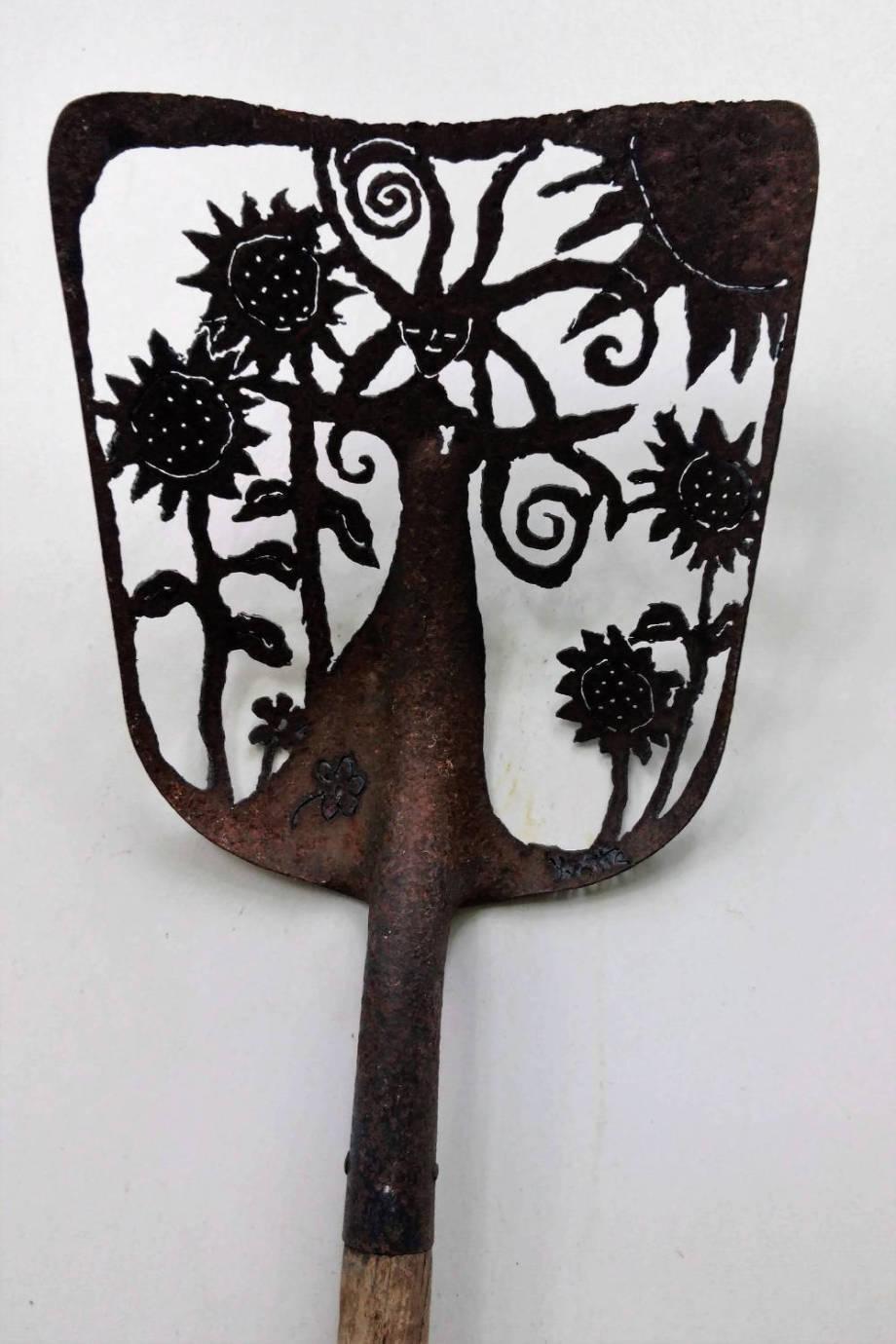 Sun Goddess shovel