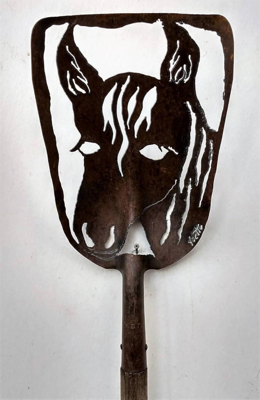 Horse shovel 3