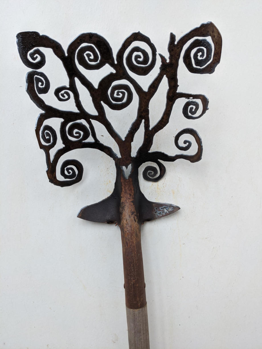 Spiral Heart Tree shovel