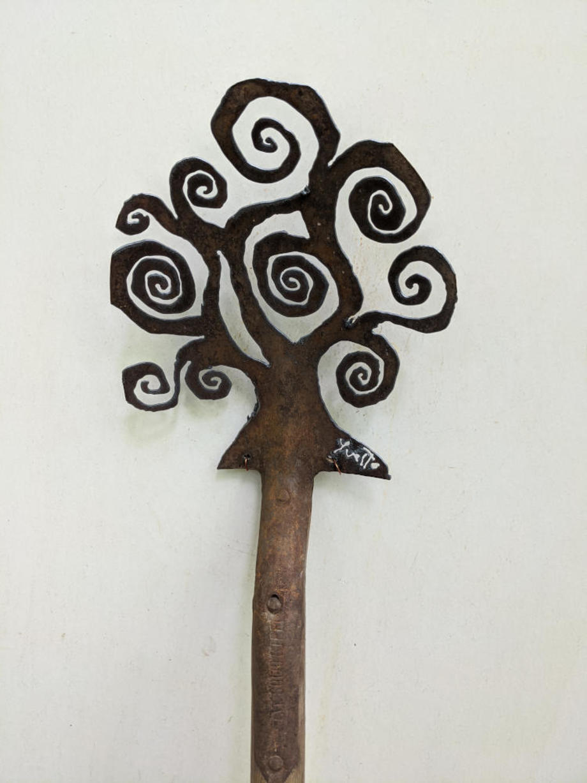 Spiral Tree Spade 2