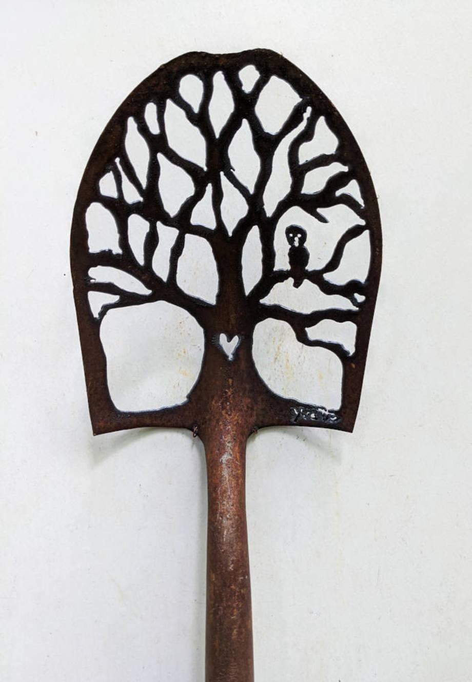 Owl Tree Spade