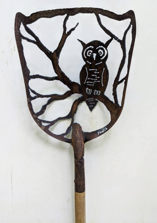 Great Horned Owl shovel