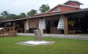Itaparica farmhouse on the shore
