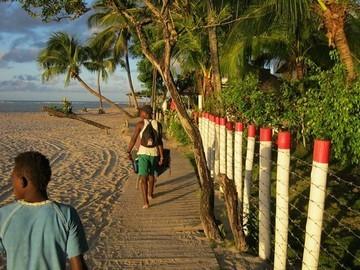 Porters of Boipeba island