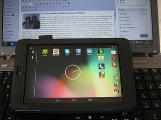 Nexus travel tablet