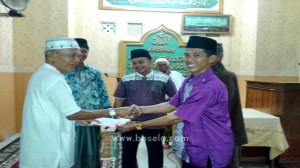 Masjid Raya Al Furqan Dikunjungi Tim Safari Ramadhan Pemerintahan Desa Sikapak