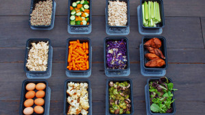 Buffet Style Meal Prep with Shredded Chicken, Roasted Veggies, and More | BeachbodyBlog.com