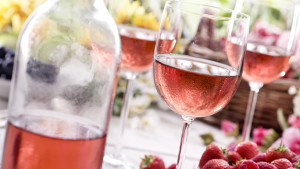 Everything You Need to Know About Rose Wine