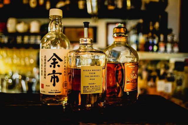 whiskey-2171646_640