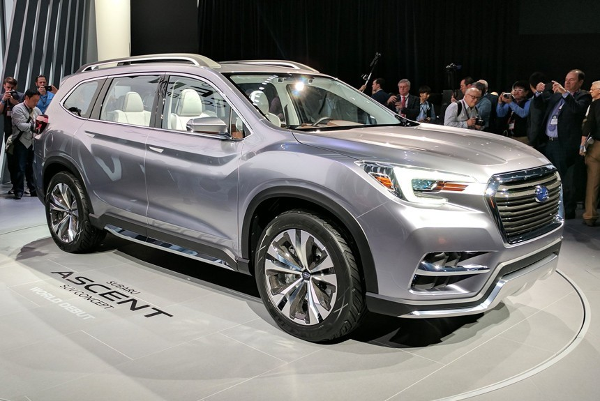 Seven-seat crossover Subaru Ascent: a short on the line