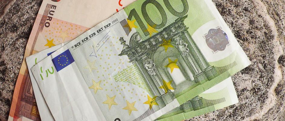 money-7-e1367666183212_sqtjuv
