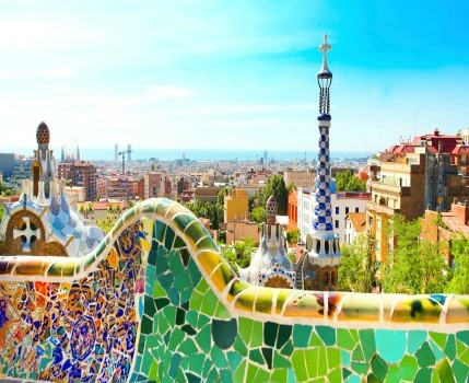 Enjoy the City at a Leisurely Pace on One of the Barcelona Walking Tours