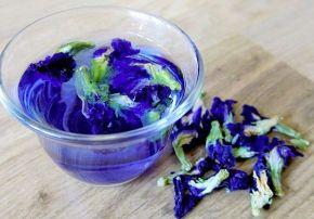 Bluechai Tee aus der Schmetterlingsblume