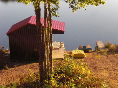 Nova Scotia Lake, Boathouse