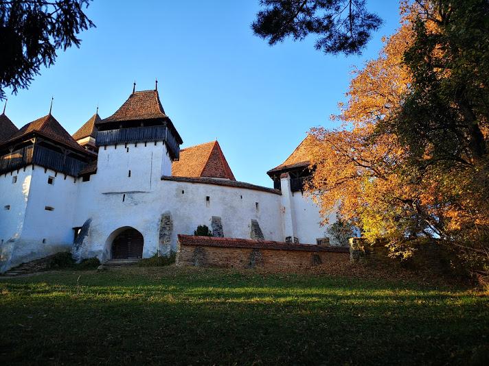 Cetatea Viscri - Bookish Style