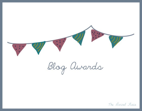 blog-awards-bunting