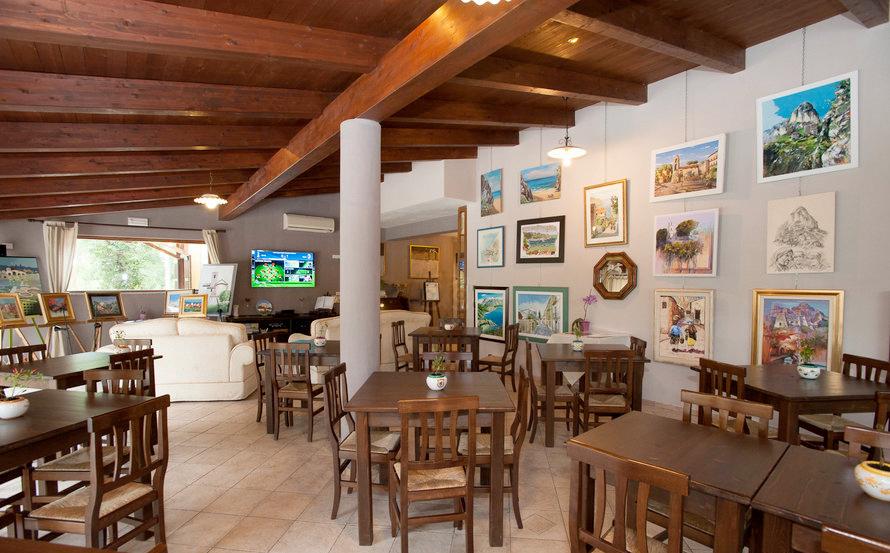 sala-ristorante-hotel-borgo-antico-palinuro