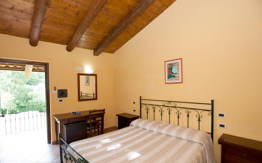 le-camere-hotel-borgo-antico-palinuro