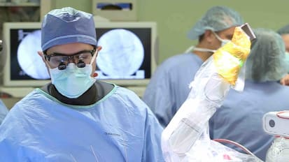 Robotic-assisted spinal surgery improves outcomes