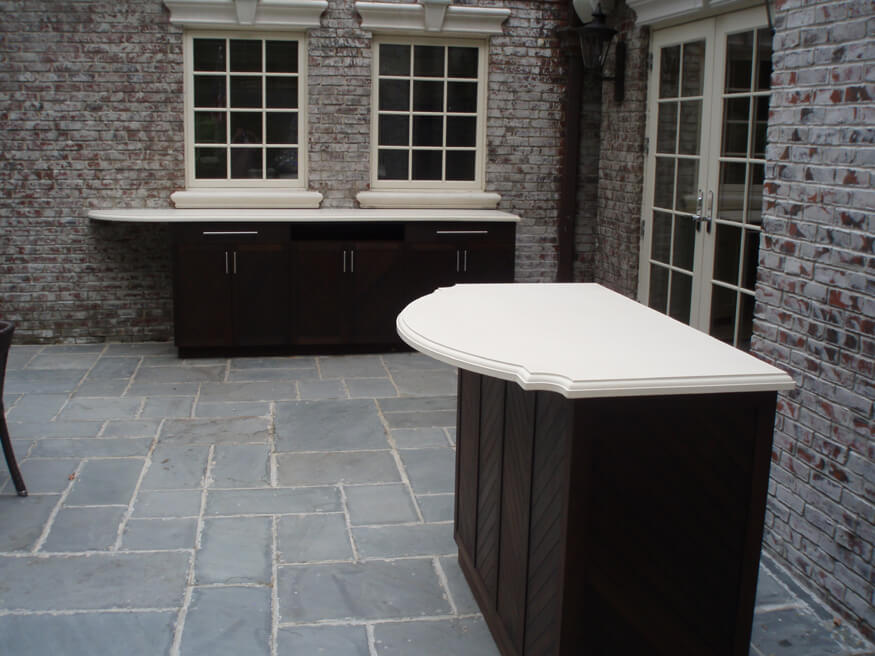 White Concrete Countertop in Exterior Courtyard