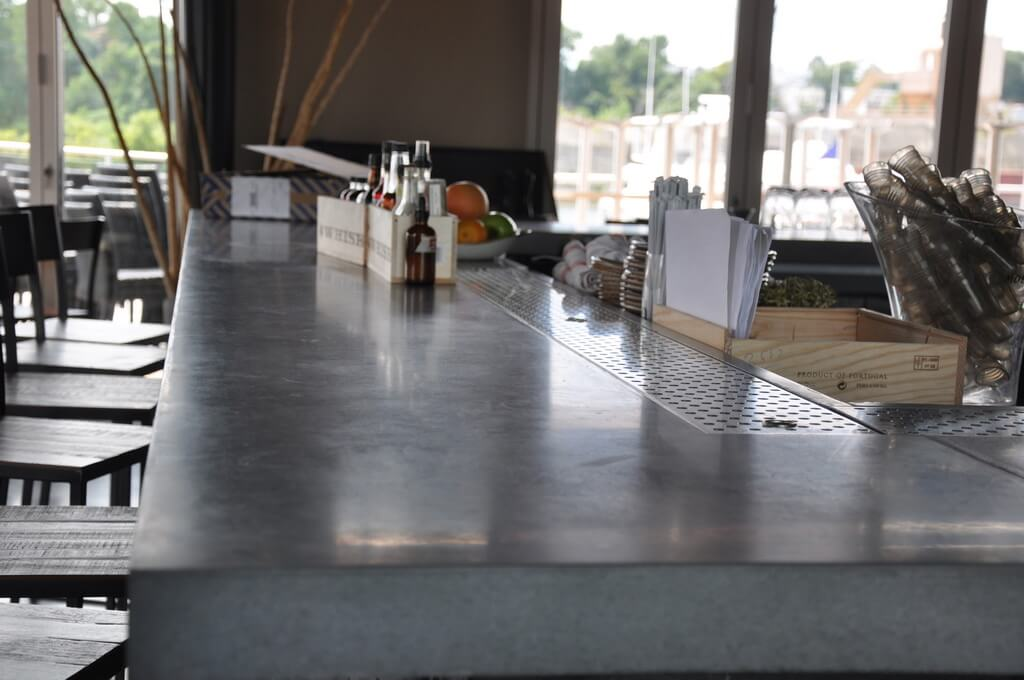 Delicieux ... Custom Engineered Concrete Bar Top ...