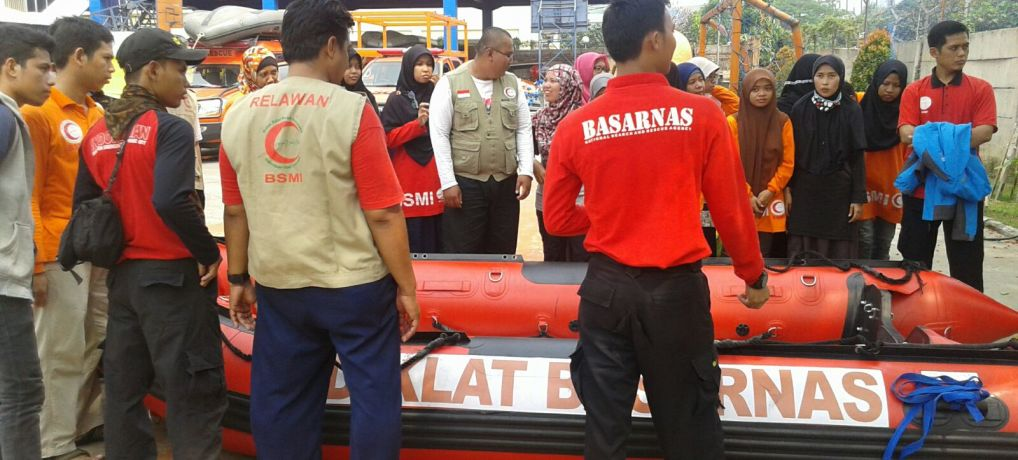 Diklatsar Relawan BSMI Ikuti Pelatihan dan Workshop Water Rescue