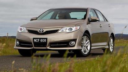 Toyota Camry Azura Auto Second Car Review