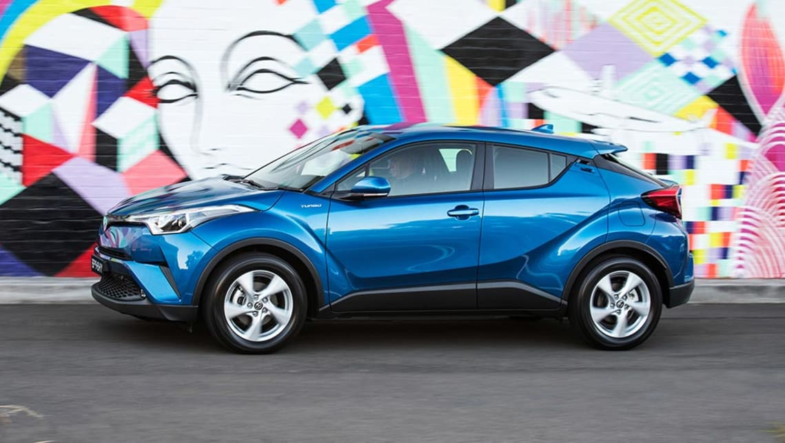 Toyota C-HR 2017 review | CarsGuide