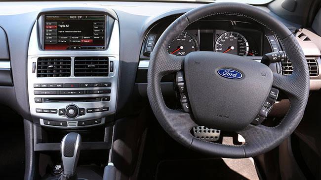 Original 2015 Holden Commodore SSV Redline Chrysler 300 SRT And