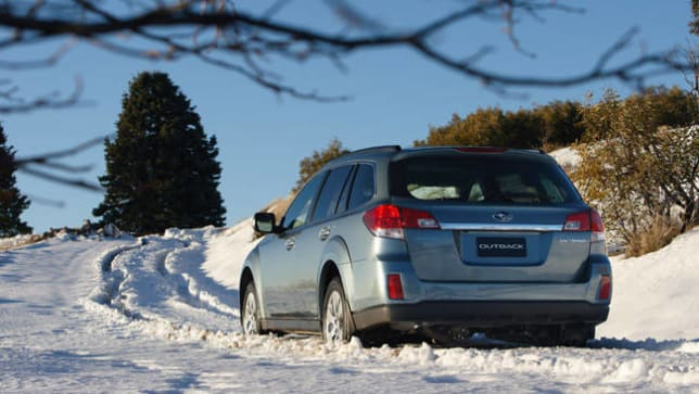 snow driving checklist car advice carsguide