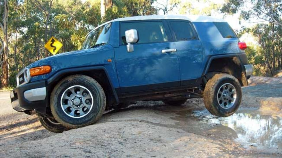 toyota fj cruiser used review 2011 2014 carsguide. Black Bedroom Furniture Sets. Home Design Ideas