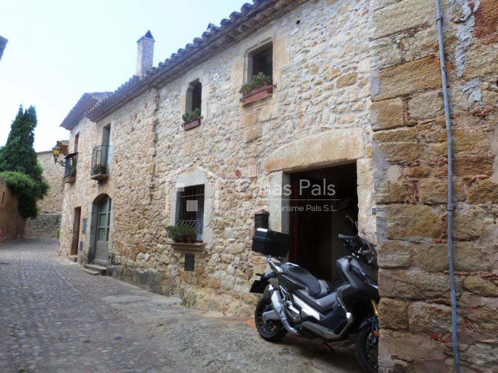 Stone house very well restored  in the old Town