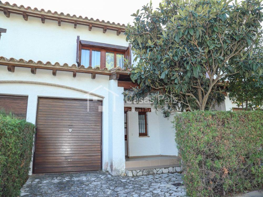 Semidetached house in l'Alzina Community