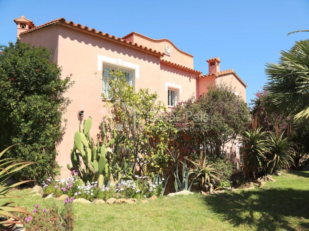 Villa avec piscine privée et appartement d'invitées