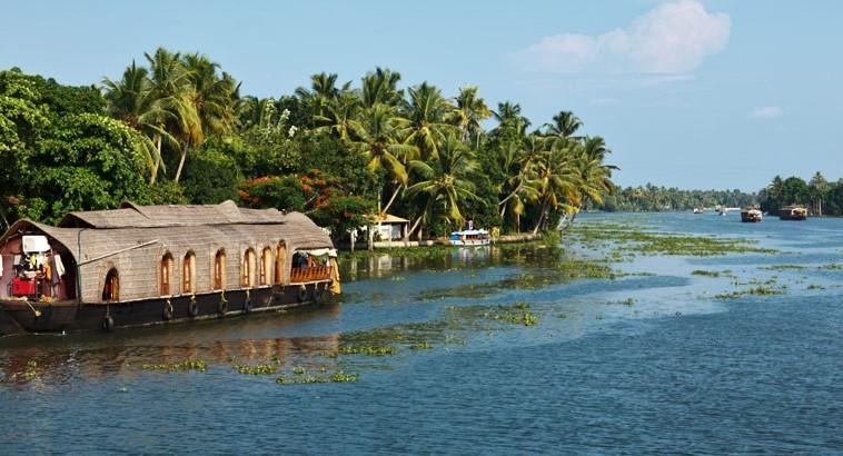 kumarakom-backwaters_seenaw