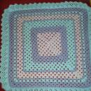 frill trim crochet blanket