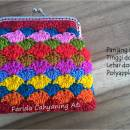 Shell stitch frame purse