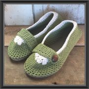 Flip Flop Slippers with Strap and Button