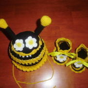 Bumble-bee set